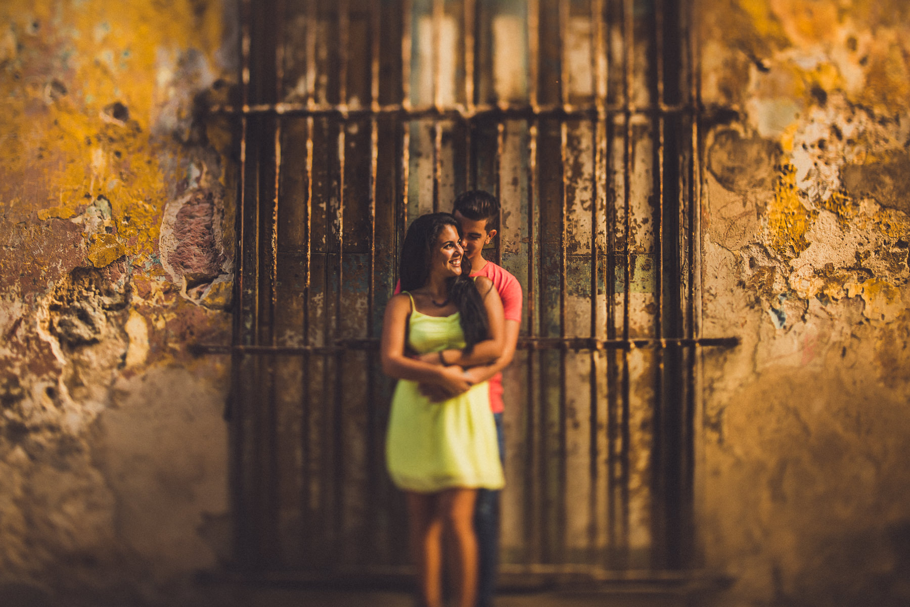 Cuba engagement session